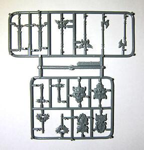 13x-ARMORY-OF-DEATH-BONES-REAPER-miniature-figurine-rpg-d-amp-d-weapons-armes-77483