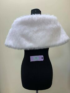 ETERNITY-BRIDAL-Wedding-jacket-wrap-in-ivory-faux-fur-size-12-code-31