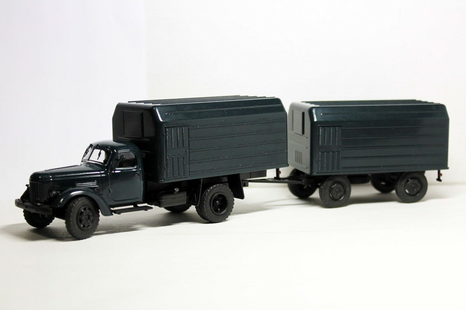 Handmade 1 43 LUMZ-890b (ZIL-164A) 1988 Conversion swivel front wheels + Trailer