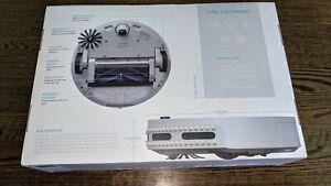 Brand-New-bObi-Pet-2-0-Robotic-vacuum-cleaner-and-Mop-NWP208000-Silver