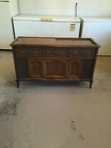 Details about VINTAGE MAGNAVOX CONSOLE STEREO AM/FM RADIAO RECORD PLAYER