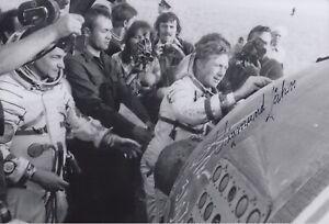 Original signiertes 20x30-Foto DDR-Kosmonaut Sigmund Jähn †2019