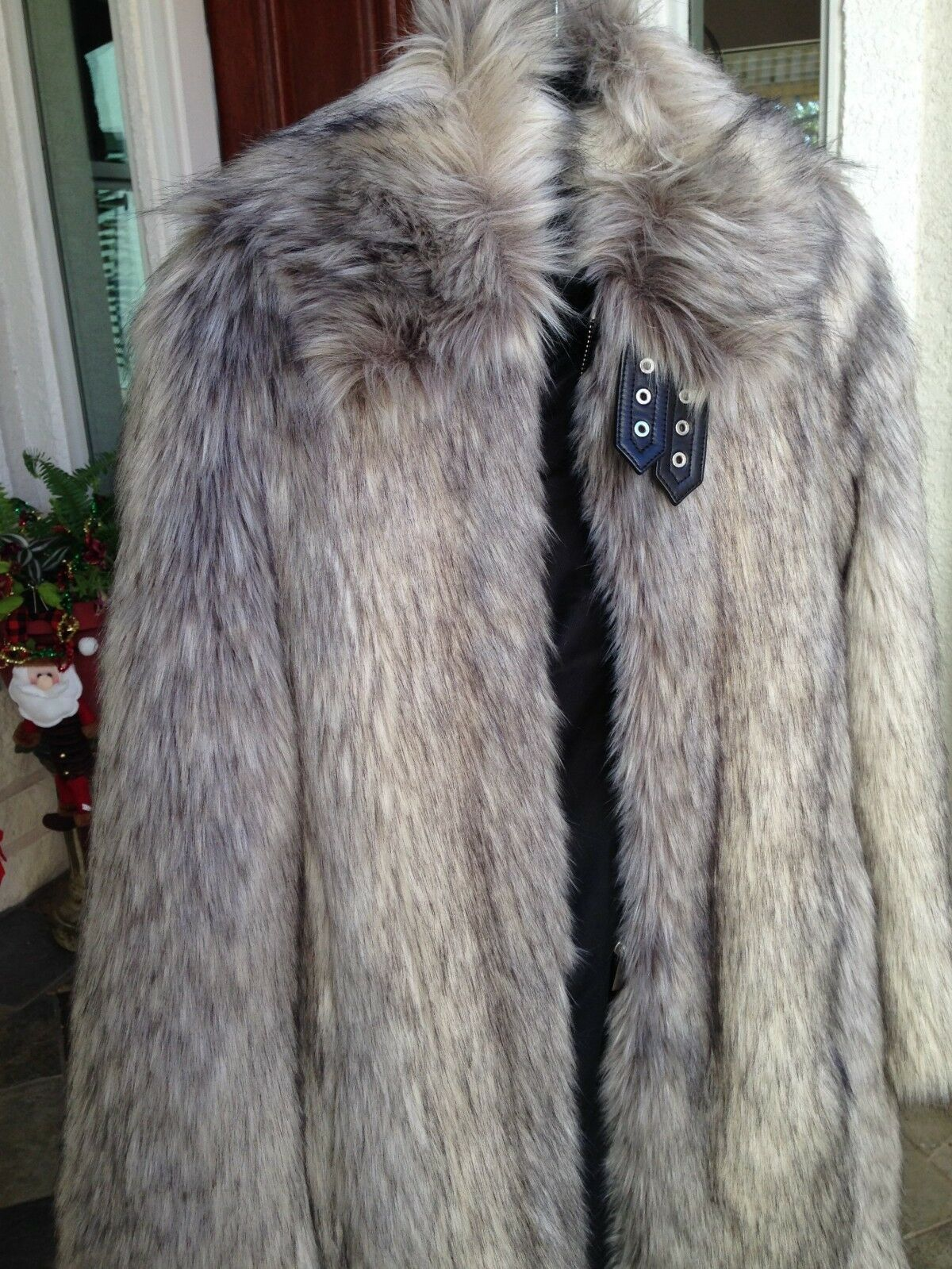 NWT  HELMUT LANG   995     FAUX WOLF FUR  GREY COAT SIZE  XS 4afcd7