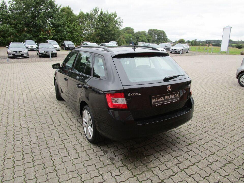 Skoda Fabia 1,2 TSi 90 Ambition Combi Benzin modelår 2016 km