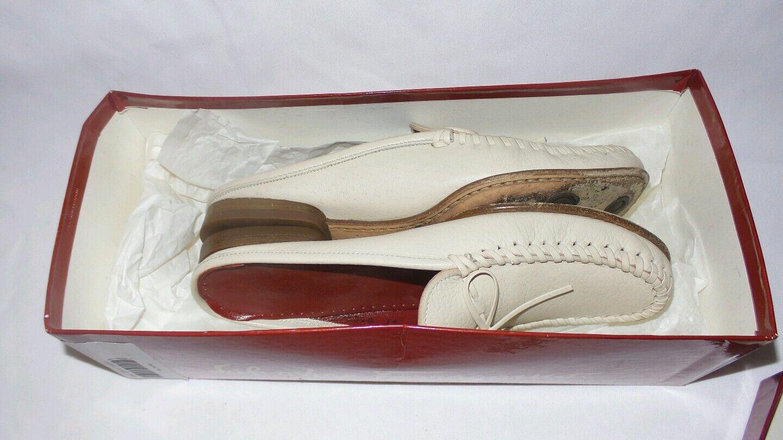 Ferragamo Nelson nuevo hueso de la pantorrilla Mula Mula Mula Zapatos Marfil Tamaño 6B usado en excelente estado  se descuenta