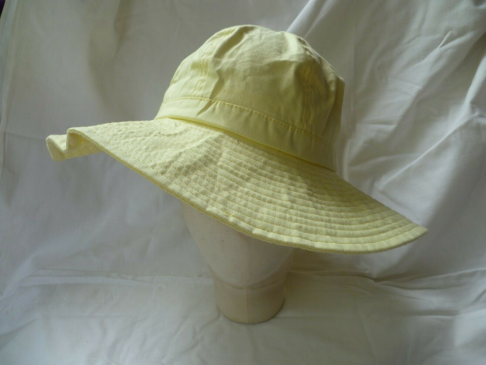 'e-vie' Yellow Cotton Simple Pull-on Sun Hat 56cms