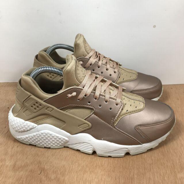 Nike Air Huarache  Metallic Gold/Rose Gold AA0523-200 Women's Shoe Size 9.5