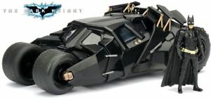 Batmobile-The-Dark-Night-2008-con-Batman-Scala-1-24-Die-Cast-Jada-Toys-98261