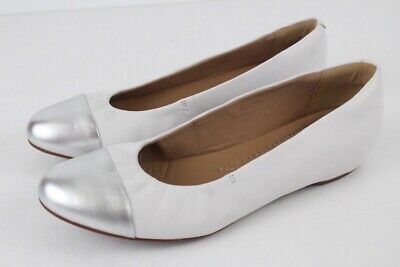 NEW white silver CLARKS alitay susan