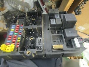 image is loading 99-04-jeep-grand-cherokee-cabin-fuse-box-
