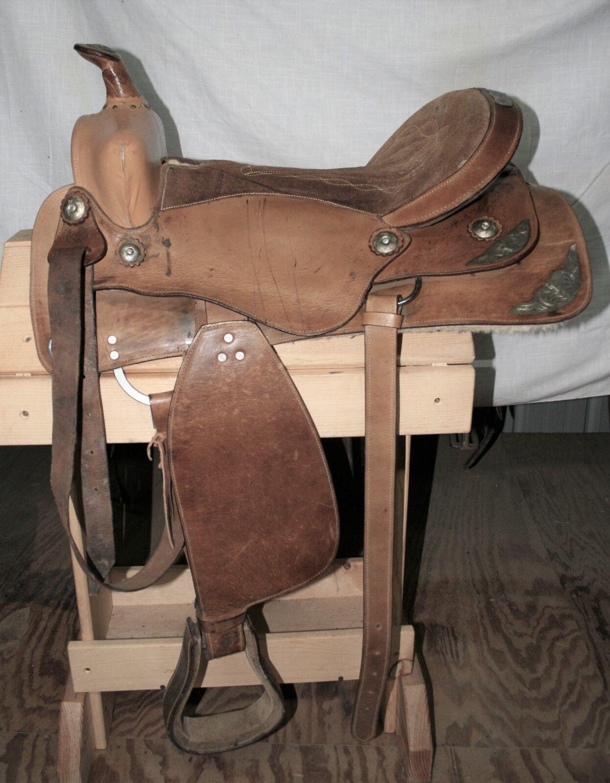 USED Saddle Inc. Western Saddle - 16  Seat