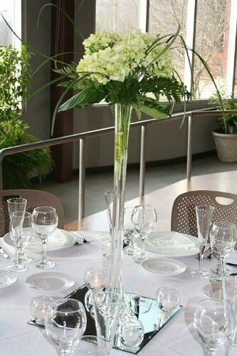 """Clear Glass Tower Vase Eiffel Tower Vases 16/"""" Tall Centerpiece Lot of 8 pcs"""