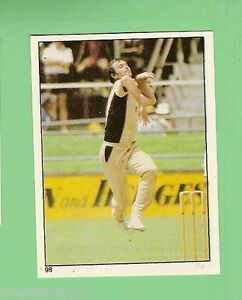 1983 SCANLENS CRICKET STICKER #98  GARY TROUP, NEW ZEALAND