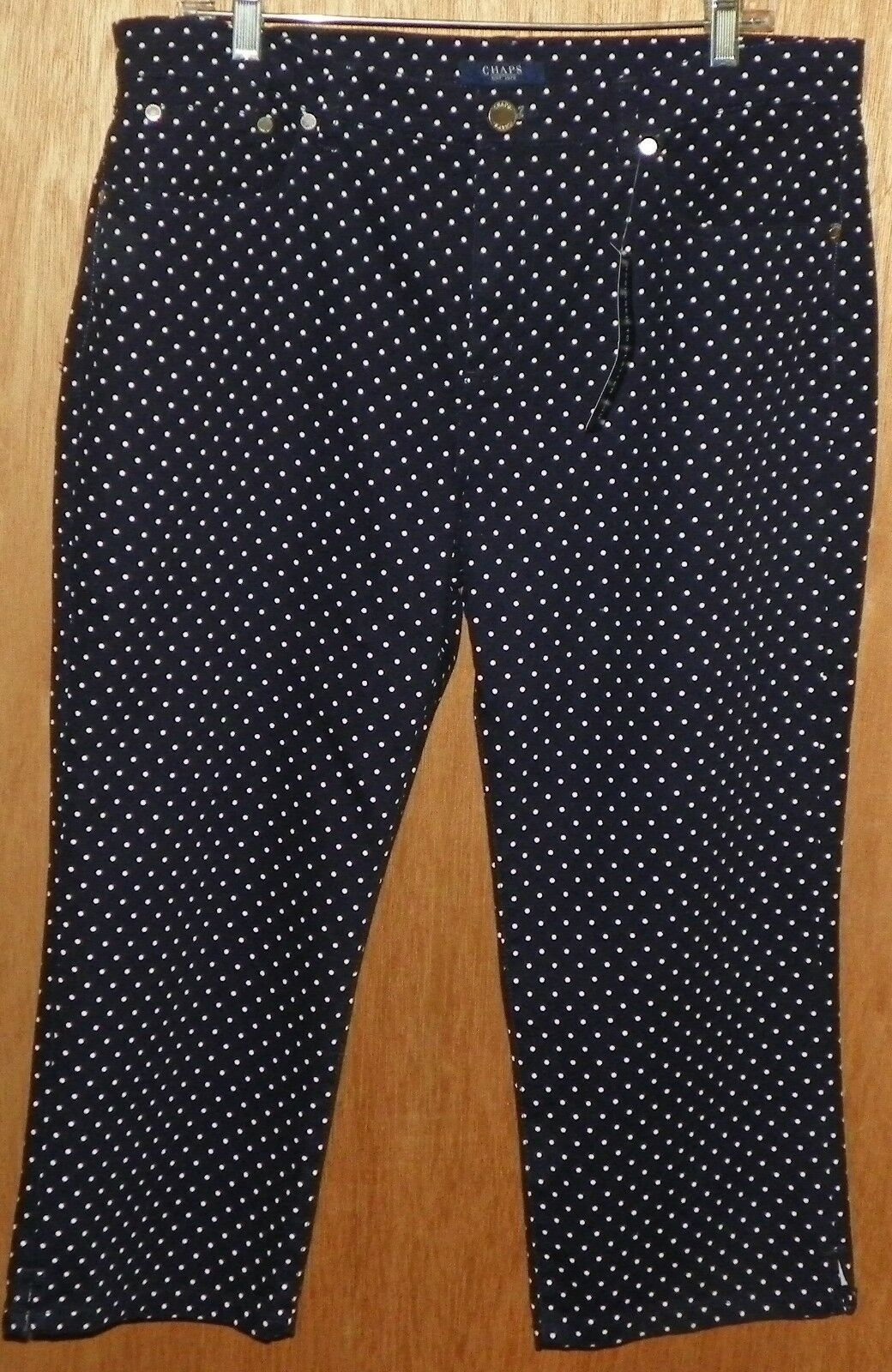Chaps bluee White Polka Dot Capri Cropped Pants Size 14 Slimming Fit NEW Tags