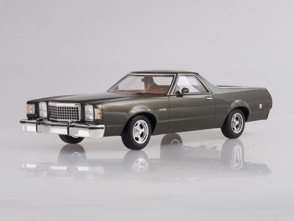 Scale model 1 18 Ford Ranchero, metallic-dark verde, 1979