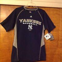 York Yankees Mlb Short Sleeve Shirt Size Medium,