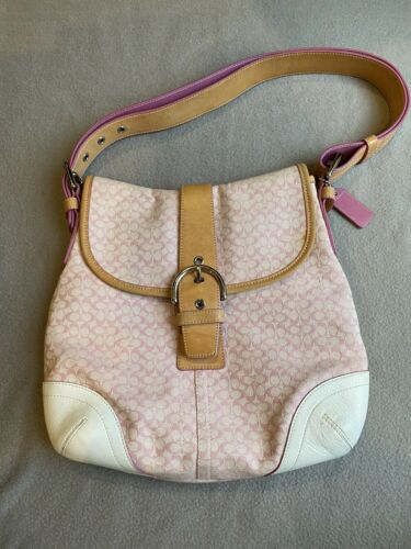 Vintage Pink COACH SIGNATURE CANVAS/ LEATHER BUCKL