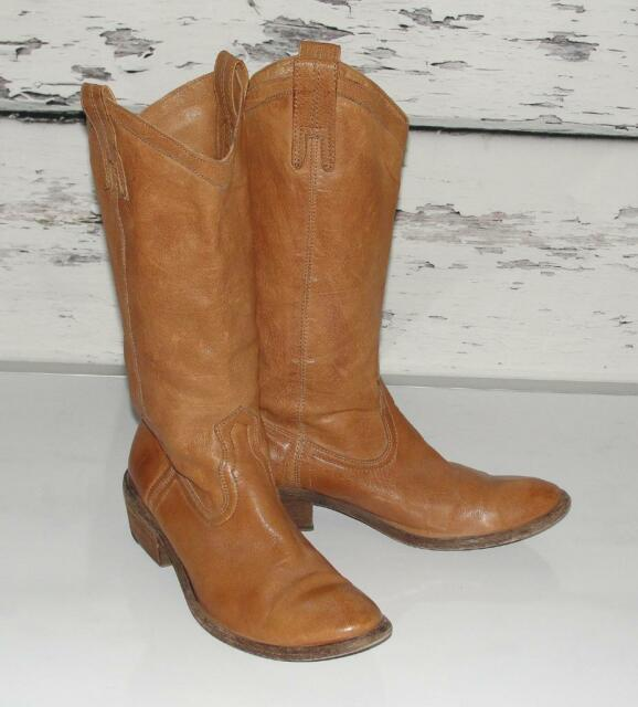FRYE~$348.00~LEATHER~COGNAC *CARSON* TALL RIDING FASHION PULL-ON WESTERN BOOTS~8