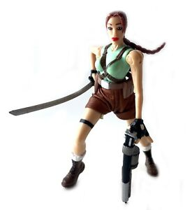 Tomb Raider Lara Croft Vintage Toybiz Video Game Super Stars Figure 1997 90s
