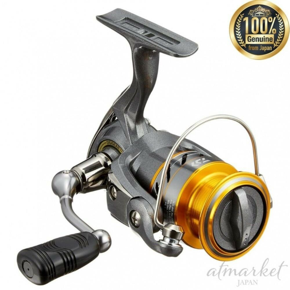 DAIWA Spinning Reel 17 World Spin CF2000 Fishing genuine from JAPAN NEW