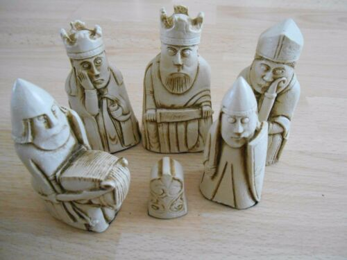 /& Ivory effect Dark Red Isle of Lewis Fantasy Model Resin Chess Set in Mahogany