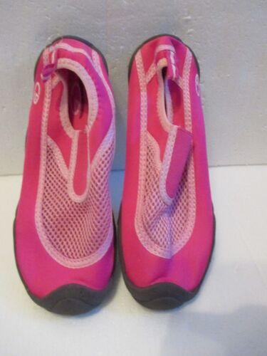Champion C9 Water Shoes Size 2//3 Girls Pink Medium Youth New
