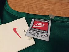 Vintage NIKE TEAM SPORTS Basketball Green Color Jersey. Size L Made In USA.