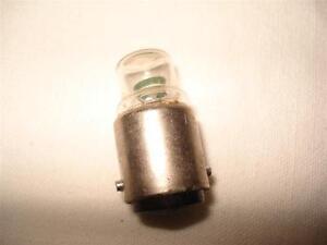 LAMPE NEON B15 230V CLAIRE - France - État : Neuf: Objet neuf et intact, n'ayant jamais servi, non ouvert, vendu dans son emballage d'origine (lorsqu'il y en a un). L'emballage doit tre le mme que celui de l'objet vendu en magasin, sauf si l'objet a été emballé par le fabricant d - France