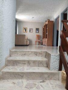 Casa en venta con 4 recámaras en Paseos del Sol Jalisco