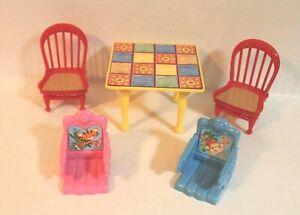 Fisher Loving Family Dollhouse, Loving Family Dining Room Table