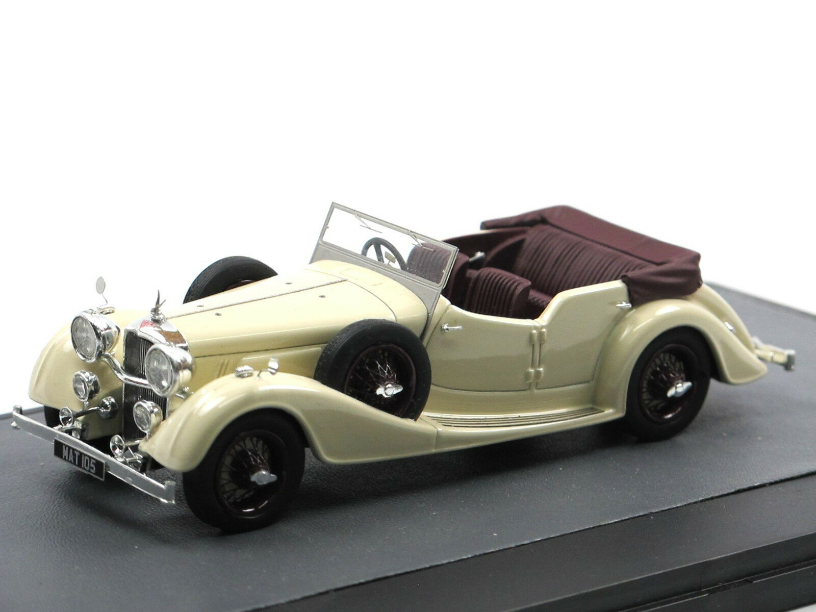 MATRIX SCALE MODELS 1938 blindées 4.3 L Cross & Ellis Tourer blanc 1 43