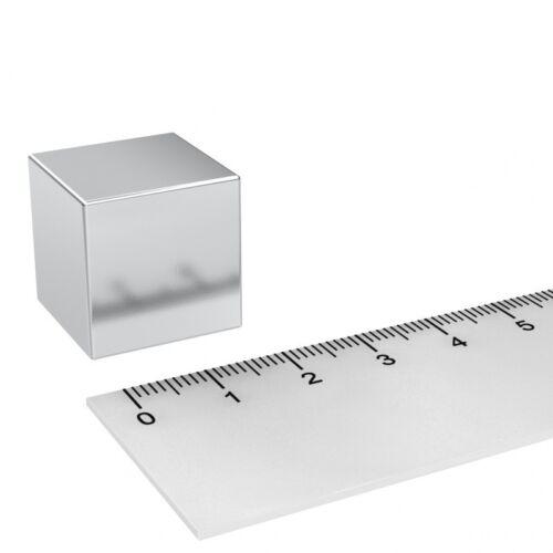 Neodym Würfelmagnet 20x20x20mm Grade N52 vernickelt