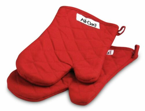 All Clad Diamond Quilted Oven Mitts Set of Two