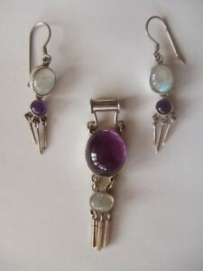 Beautiful-Silver-Moonstone-And-Amethyst-Pendant-And-Earrings