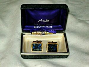 A-Pair-of-M-Deriant-Imitation-Jewellery-Gold-Plated-Bloodstone-Mens-Cufflinks