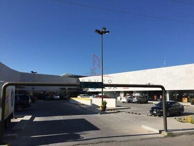 Local Comercial Venta Plaza Calabria 3,000,000 Silcar R104