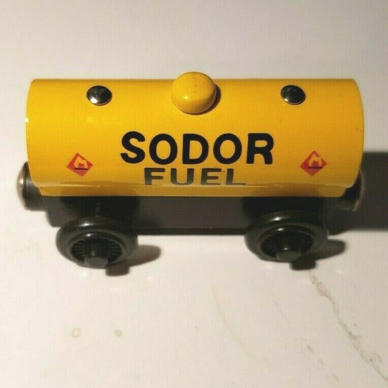 THOMAS /& FRIENDS WOODEN RAILWAY ~ SODOR FUEL CAR ~ MINT LOOSE NEVER PLAYED WITH