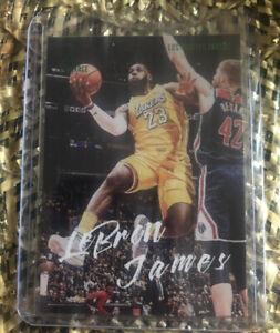 2019-20-Panini-Chronicles-LEBRON-JAMES-Luminance-Green-Parallel-162-LA-Lakers