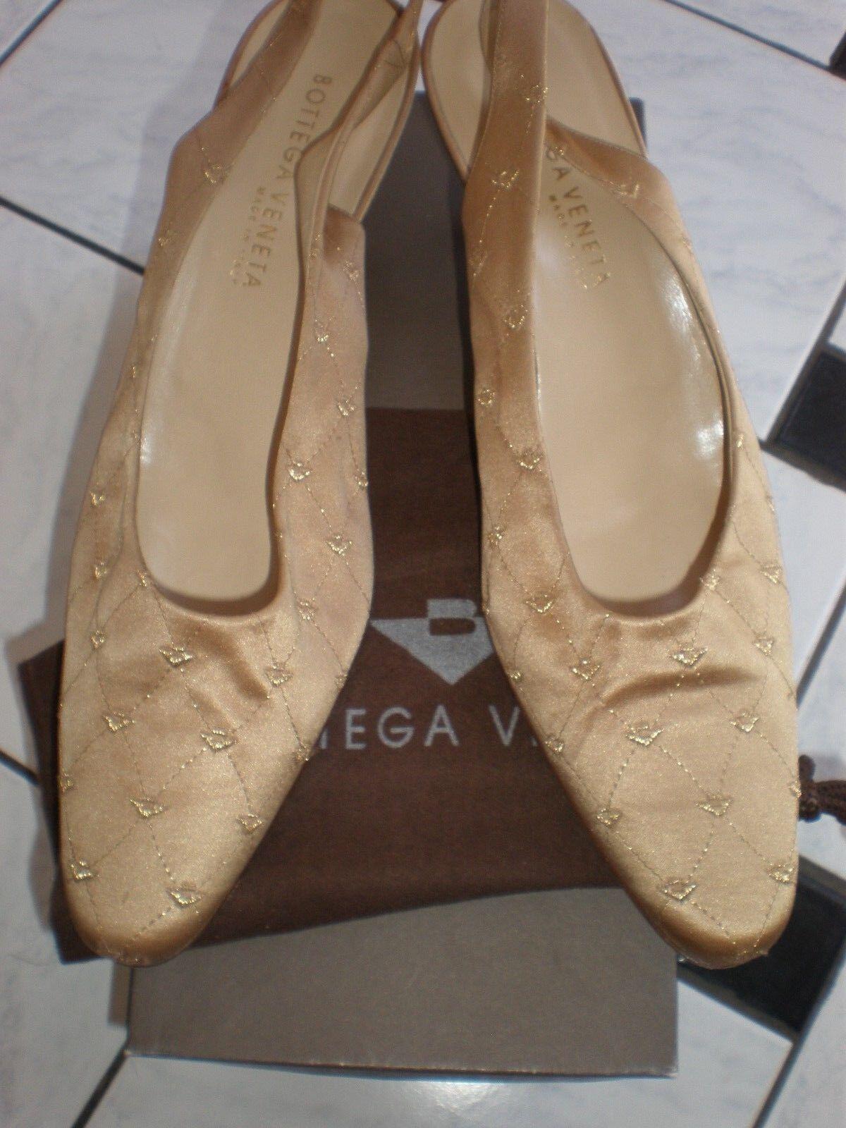 BOTTEGA VENETTA GOLD SATIN SLINGBACKS SABBIA PUMPS HEELS Schuhe SIZE 10 USA CLEAN