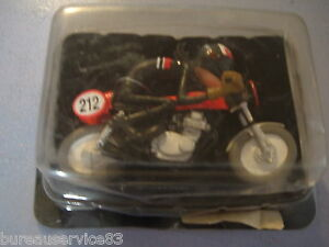 FIGURINE-MOTO-JOE-BAR-TEAM-N-18-CHRIS-DEB-HONDA-350-CB-KITEE-RACING