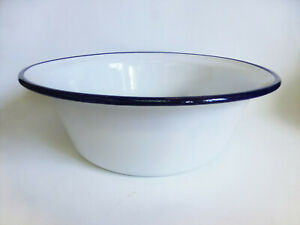 alte-Emaille-Schuessel-weiss-blauer-Rand-Old-enamel-bowl-28-28cm