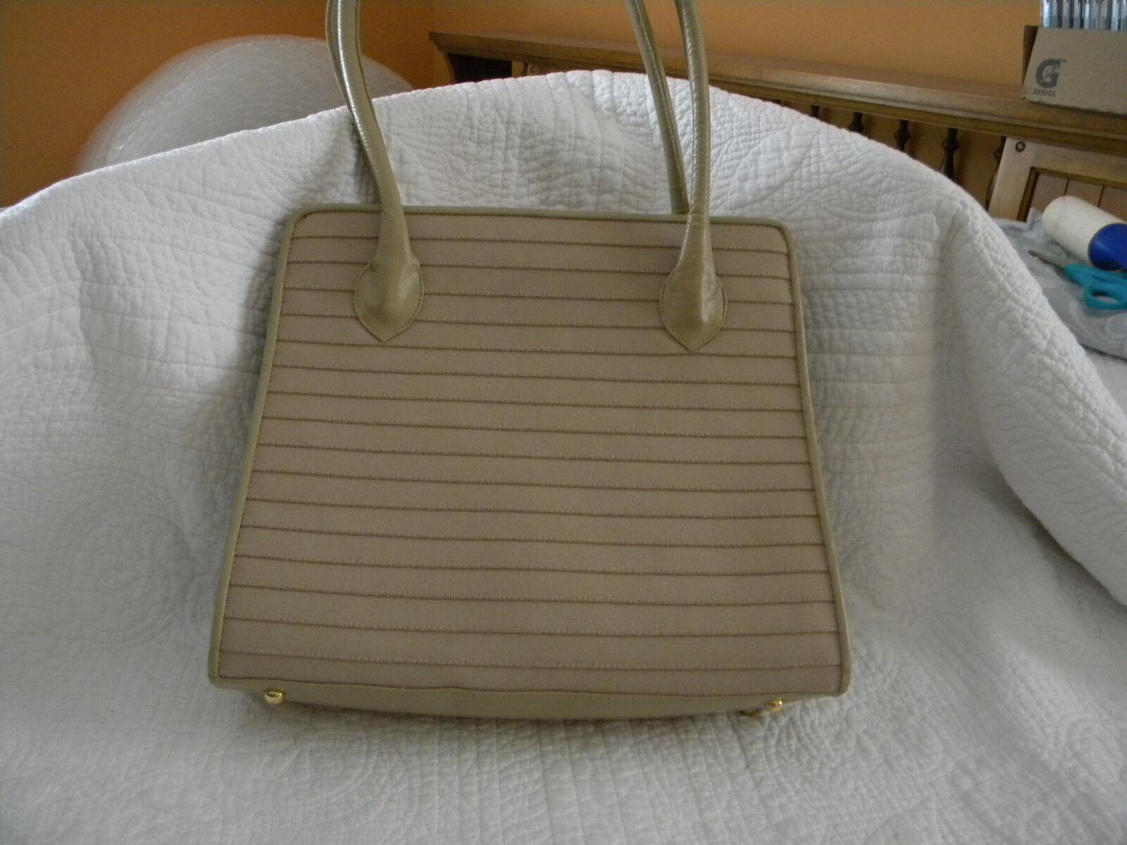 Stuart Weitzman Taupe Leather:Plastic/Calf Handbag in EXCELLENT CONDITION