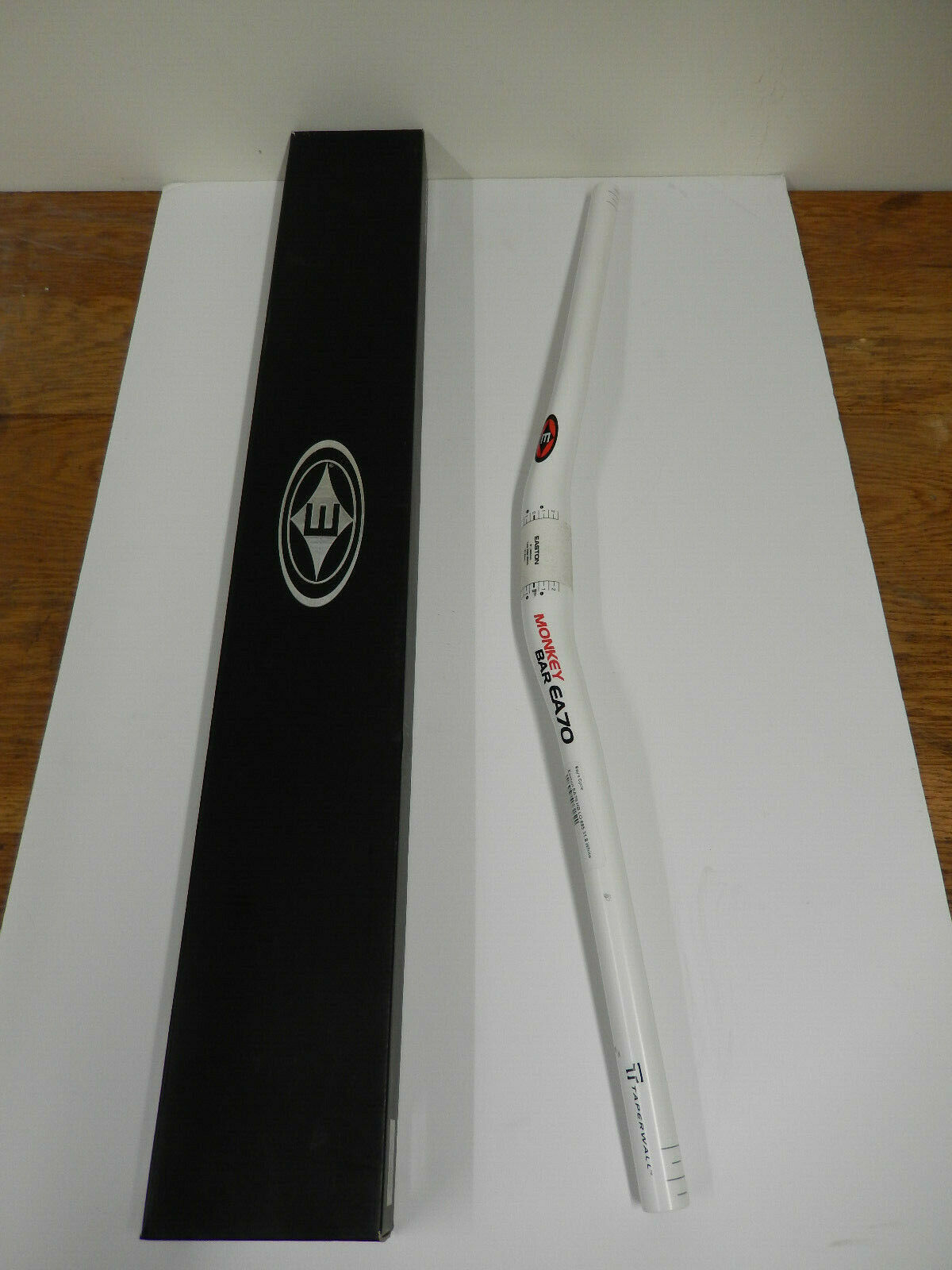 Easton, EA70, HB, LO, 685, 31.8, White   store online
