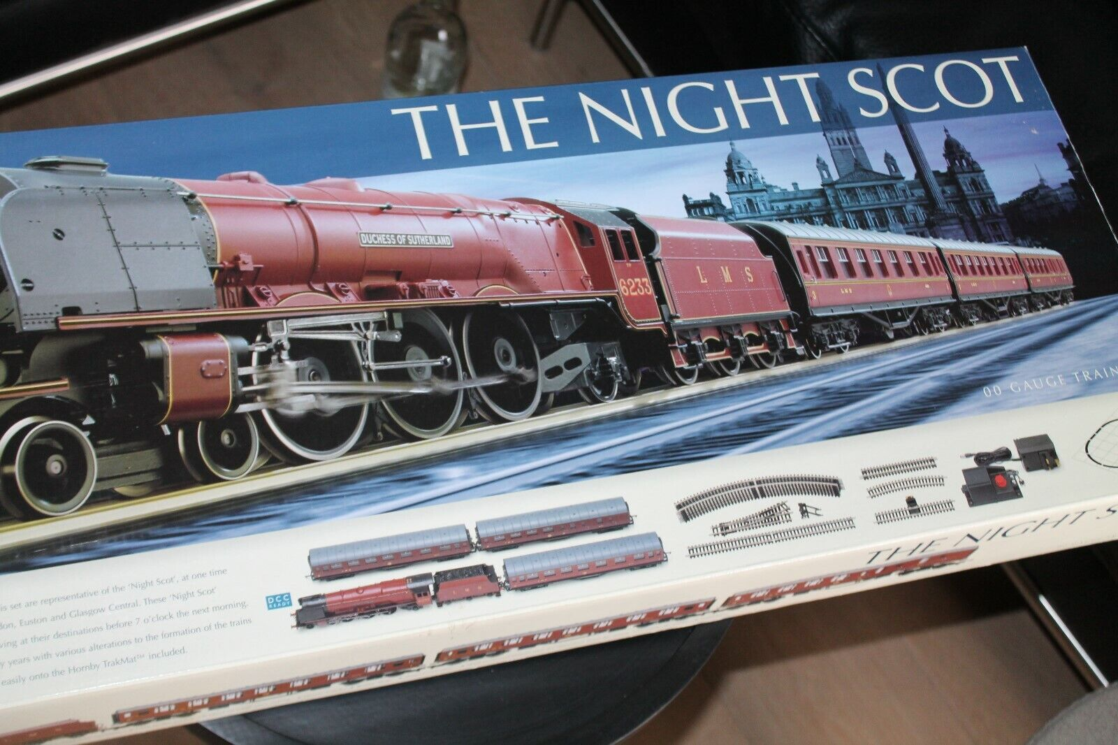 Hornby r1104  The Night scot  Duchess class Train set  embalaje original  oo