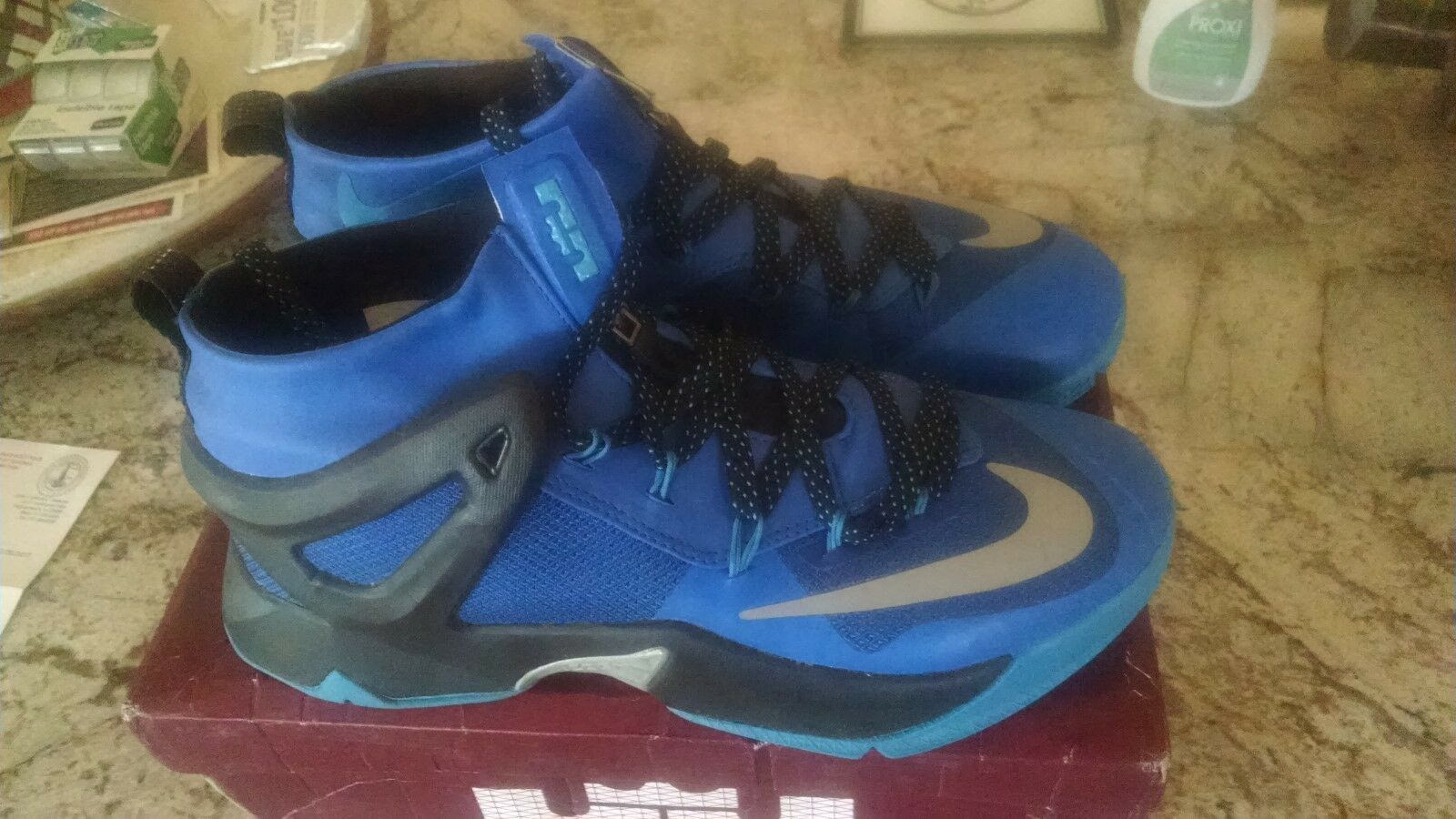 LeBron James NEW XII EP Size 12 NEW James a3faac