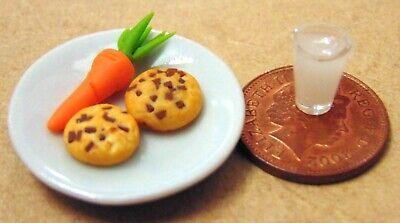 1:12 Scale Milk /& 2 Cookies Loose On A Ceramic Plate Tumdee Dolls House Snack