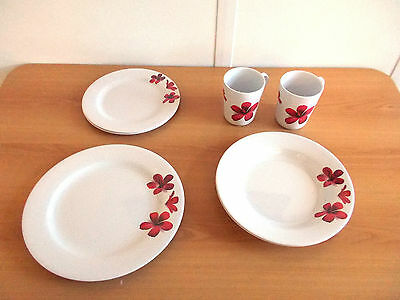 8 Piece Melamine Caravan Camping Floral Dining Dinner Set Crockery Mugs Plates
