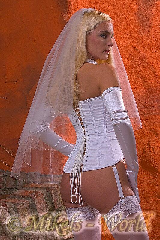 *Hochzeit* Neckholder Vollbrust Korsett / Braut-Corsage weiß