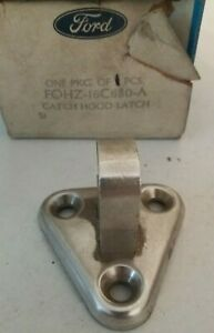 NOS Genuine Ford Hood-Lock Latch Striker F8AZ-16K689-AA 6W1Z16K689A Crown Vic