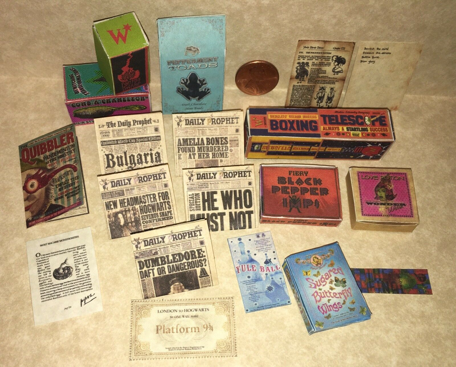 bambolahouse Miniature Harry Potter Daily Prophet,  Quibbler Weasley's Wheezes scatolaes  molte sorprese
